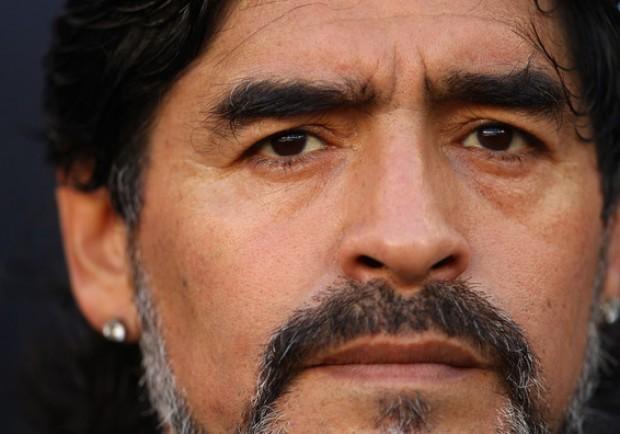 Maradona va a Strasburgo «Non devo nulla al fisco italiano»