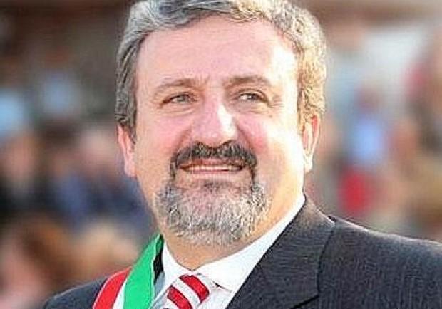 """Emiliano (Sindaco Bari): """"Juventini che cantano 'O surdato nnammurato? Egemonia culturale del Sud"""""""
