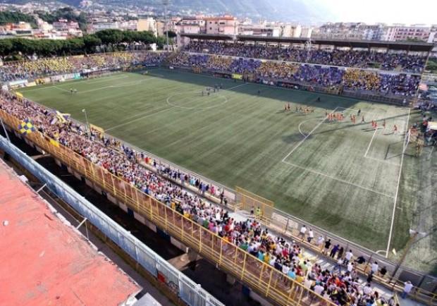 Dietrofront della Lega Pro: «L'esordio del Sorrento al Menti»
