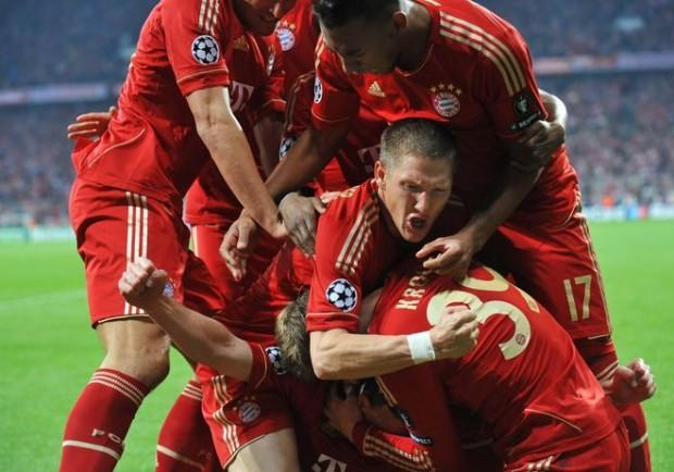divisa calcio Bayer 04 Leverkusen vesti
