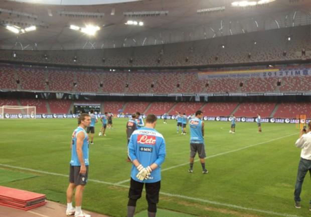 FOTO – Pechino, Napoli in campo per l'allenamento