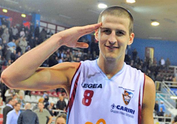 """Basket Napoli, ecco Hubalek: """"Qui per il riscatto! Obiettivi? Far sognare i tifosi"""""""