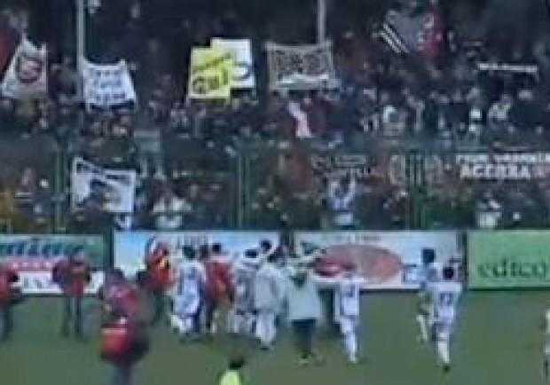 Incidenti ad Aversa nel derby vinto dalla Salernitana