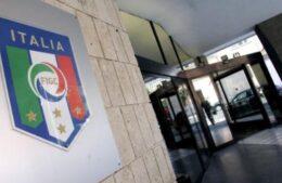 Corriere della Sera – FIGC, soluzione estrema: 3 punti a tutti e Napoli in EL
