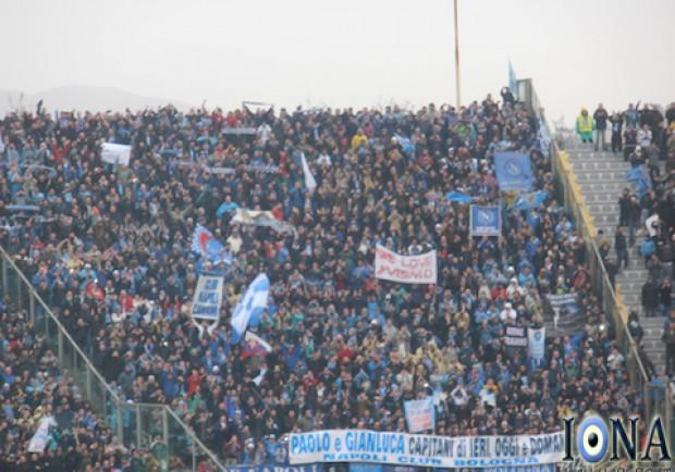 «Noi amiamo il Vesuvio», la risposta ai cori juventini