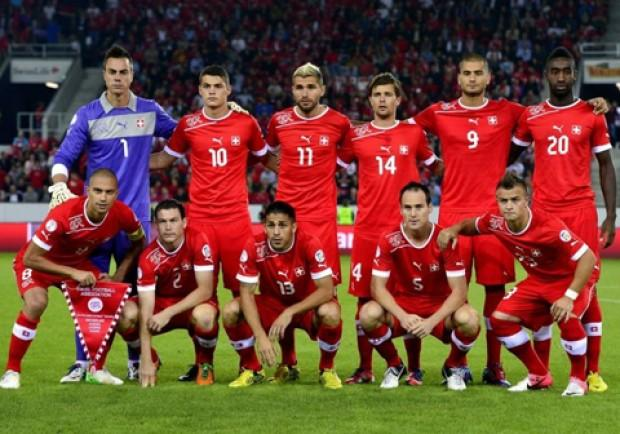 Svizzera-Croazia 2-2: Tutti in campo gli svizzeri del Napoli, Inler il migliore