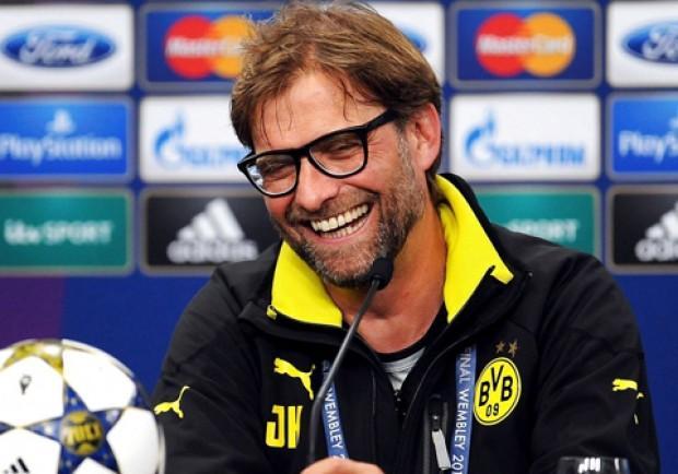 """""""Niente birra per i razzisti"""", così Il Borussia combatte la xenofobia"""