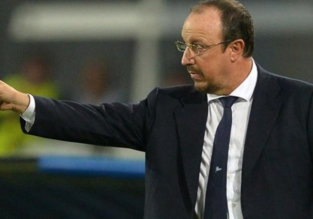 """Benitez: """"Hamsik migliora sempre più. Valuteremo le condizioni di Higuain. Swansea trasferta difficile. Su Maradona…"""""""