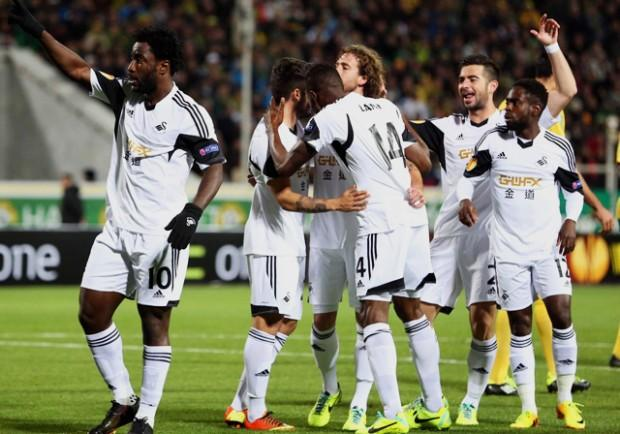 Swansea-Tottenham 1-3: Spurs troppo forti, terza sconfitta consecutiva per lo Swansea. Solo panchina per Capoue.
