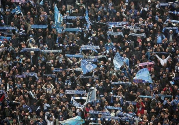 Tifosi da tutta l'Inghilterra: Swansea si colora d'azzurro