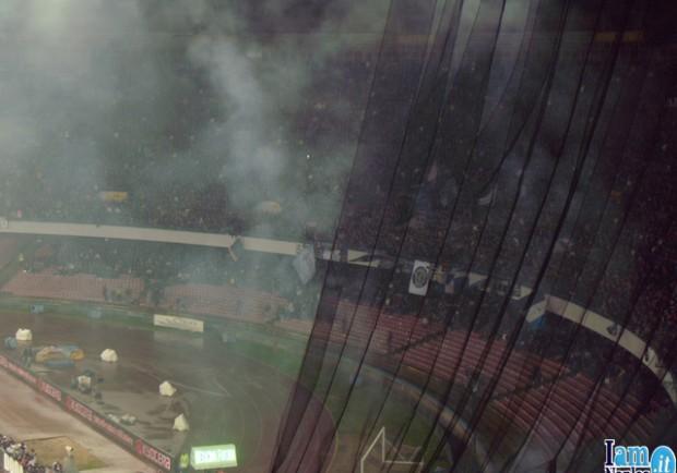 Odissea per i tifosi giallorossi al San Paolo: cancelli aperti quattro ore dopo la fine del match!
