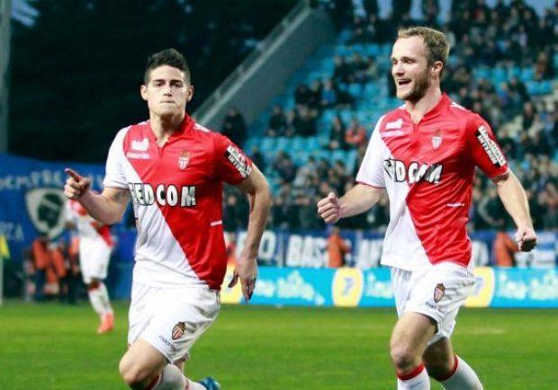 """Il Monaco celebra James Rodriguez nella """"Giornata Mondiale dei mancini"""""""