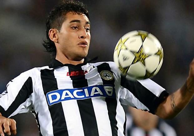Non solo la Juventus su Roberto Pereyra, c'è anche il Napoli