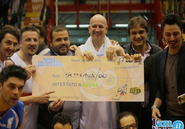 PHOTOGALLERY – Napoli Basket-Made in Sud, la magnifica festa del PalaBarbuto!