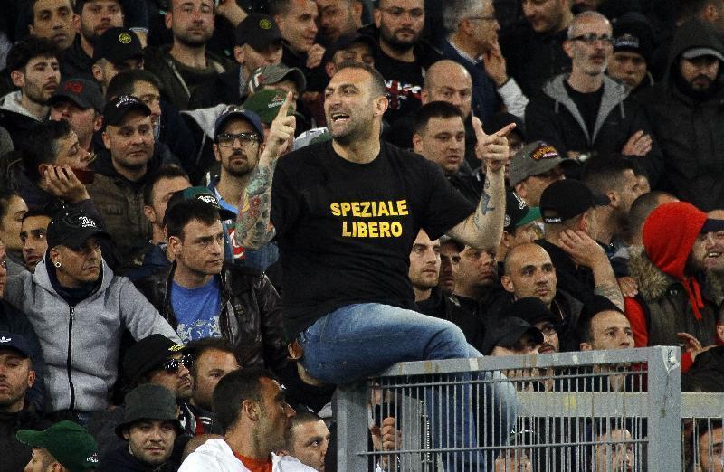 """Questura: """"Con t-shirt pro-Speziale Napoli-Cagliari non si giocherà""""$"""