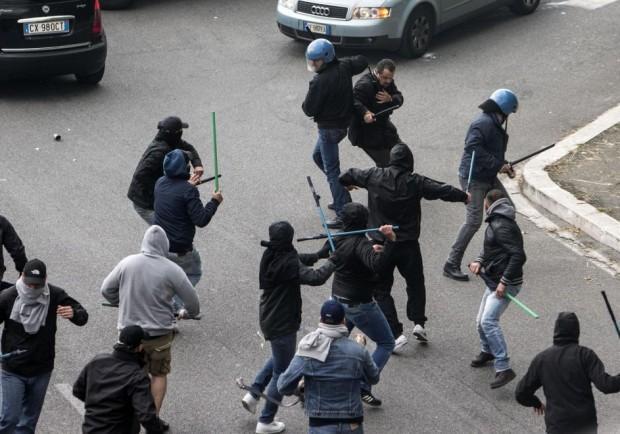 Emessi 14 Daspo agli ultras del Catania per l'agguato ai tifosi della Cavese