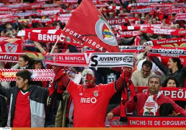 """I tifosi del Benfica fanno i """"portoghesi"""" a Torino…"""