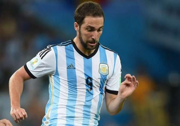 Copa America, le sfide dei quarti. Sarà Higuain contro Zuniga
