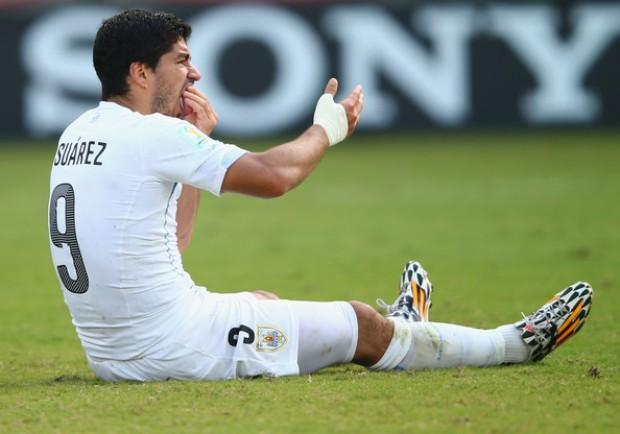 """La lettera di Suarez: """"Mi scuso con Chiellini ed il calcio. Non succederà più"""""""