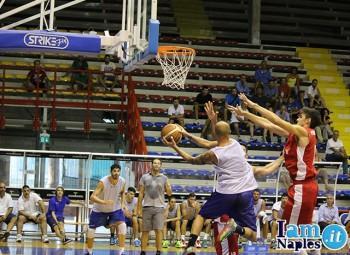 Givova Napoli Basket, domenica l'esordio al Palabarbuto contro Ferentino: in vendita i biglietti