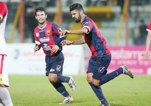 Casertana-Savoia 4-1: i rossoblu dominano, discorso rimandato per i play-off…
