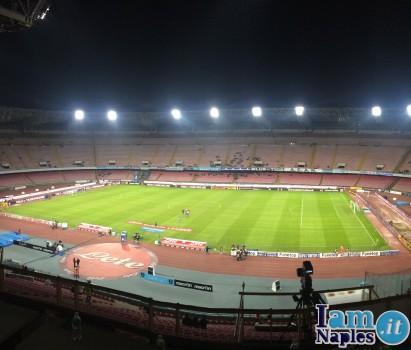 Napoli_Slovan_stadio vuoto