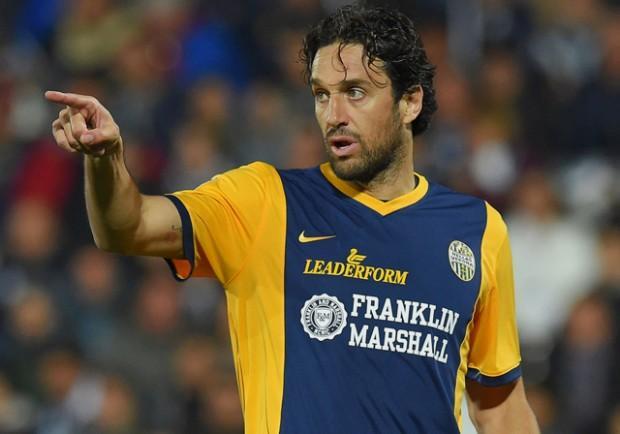 VIDEO – Verona-Napoli 2-0: ancora Toni a firmare il raddoppio