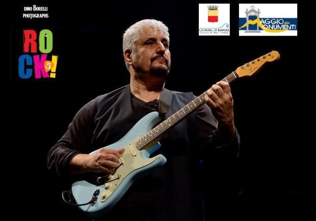 """La mostra internazionale Rock! presenta""""Itinerari turistici sui luoghi di Pino Daniele"""""""