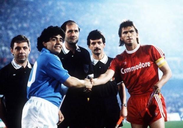 Anderlecht, Bayern e… Dnipro. Per la terza volta nella sua storia il Napoli è a 90′ dalla finale