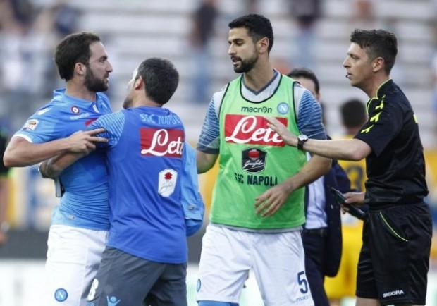 """Il post di Parma Napoli, l'ex arbitro Chiesa: """"Giocatori del Napoli antisportivi"""""""