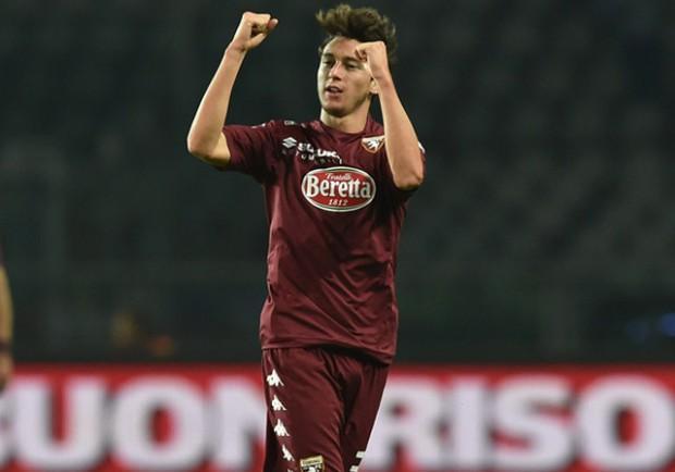 SKY – Offerta del Manchester United per Darmian: secca la risposta di Cairo…