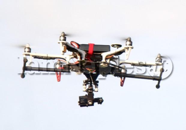 FOTO – Il Napoli recupera il drone che torna a volare su Dimaro