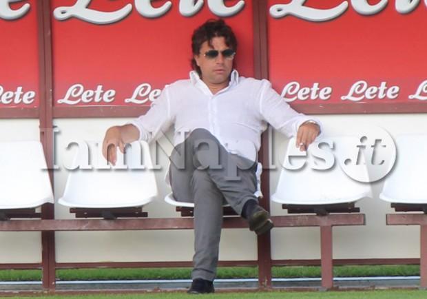 FOTO – Il ds del Napoli Cristiano Giuntoli assiste all'allenamento degli azzurri