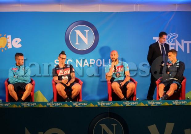 FOTO e VIDEO – Hamsik, Reina, Valdifiori e Gabbiadini rispondono alle domande dei tifosi