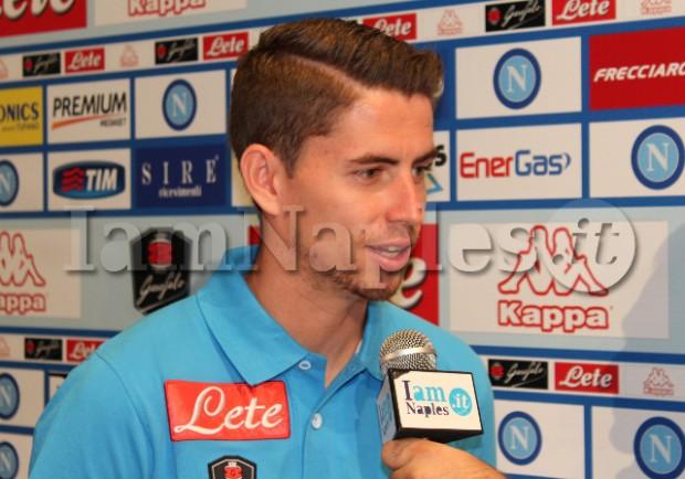 """ESCLUSIVA VIDEO – Jorginho: """"Napoli sembra il Brasile. Su Gabriel vi dico che…"""""""