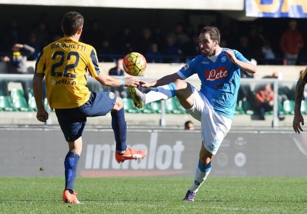 SKY – Sampdoria, trattativa difficile per Chiriches: in arrivo Bianchetti dall'Hellas Verona