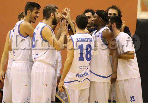 PHOTOGALLERY – Azzurro Napoli Basket, vittoria nel derby con Maddaloni: gli scatti di IamNaples.it