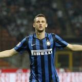 Inter, caos Brozovic: il centrocampista croato litiga con un fotografo