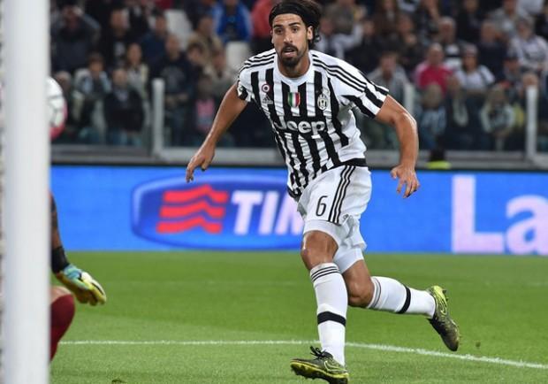 """Juventus, Khedira elogia il Napoli: """"Sono tra le migliori, ora possono vincere l'Europa League"""""""
