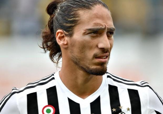 Juventus, su Caceres piombano Manchester United e Liverpool: i dettagli
