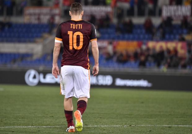 Roma, nelle prossime ore può arrivare la firma di capitan Totti