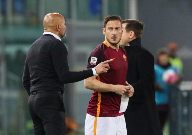 CorSera – Roma-Napoli, Spalletti ha deciso: fuori Totti e Dzeko