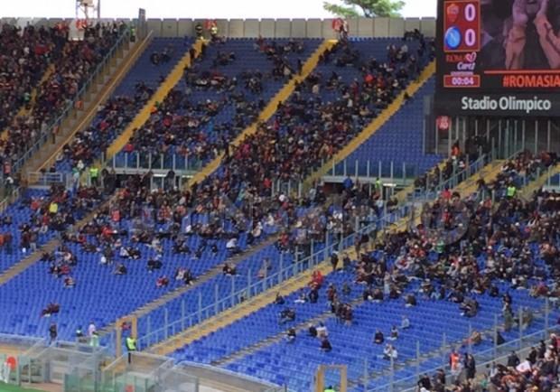 FOTO – Roma-Napoli, assente il cuore del tifo giallorosso: Curva Sud semivuota