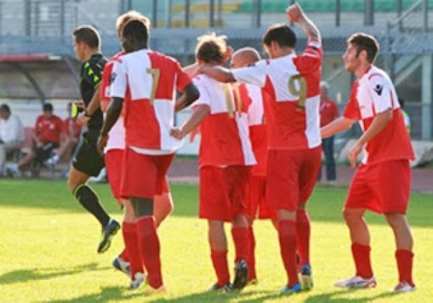 Lega Pro – Santarcangelo-Rimini 0-1, Lasicki e Bifulco vincono la sfida con Romano