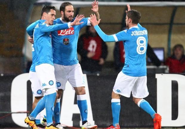Napoli-Atalanta 2-1, le pagelle: Higuaìn fa 32! Hamsik elegante, Allan mai domo