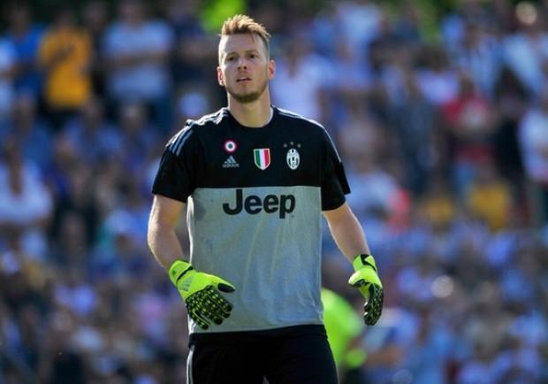 Juventus, si pensa a Meret nel caso di addio del brasiliano Neto
