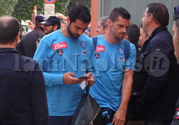 PHOTOGALLERY – Napoli in partenza per Torino: tanto entusiasmo a Capodichino