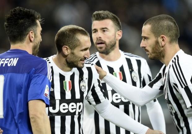UFFICIALE – Chiellini rinnova con la Juve fino al 2020, Barzagli fino al 2019