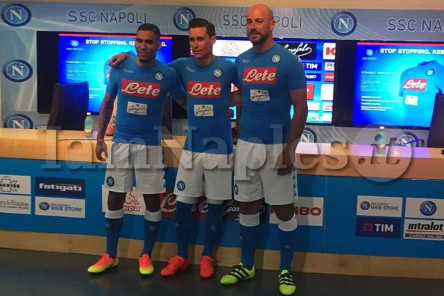 UFFICIALE: Napoli, ecco la nuova maglia 2016/2017