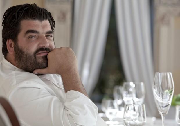 """Lo chef Cannavacciuolo: """"Higuain? Sarri farà un grande piatto anche senza l'ingrediente principale"""""""